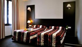 Hotel Alliance Lourdes - Lourdes - Slaapkamer