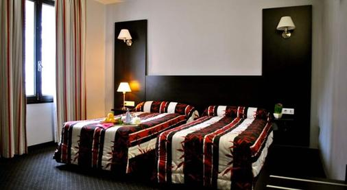 Hotel Alliance Lourdes - Lourdes - Bedroom