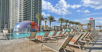 Destination Stays The Hyde Resort Hollywood Fl - Hollywood - Pool