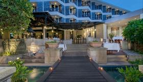 Siam Bayshore Resort Pattaya - Pattaya - Building