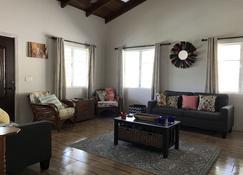 Oasis Villa - Woodlands - Sala de estar