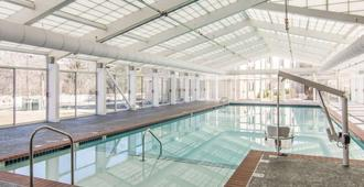 Bluegreen Vacations Patrick Henry Sqr, Ascend Resort Collection - Williamsburg - Uima-allas