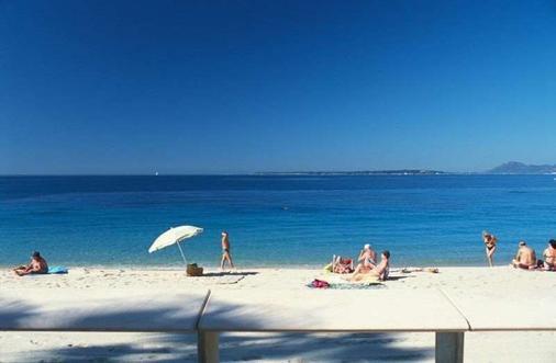 Villa Nina - Antibes - Beach