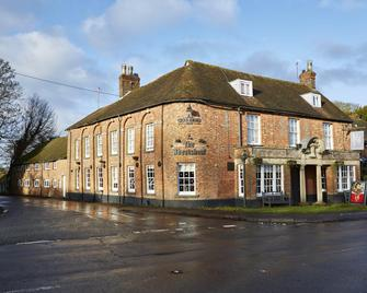 Wheatsheaf Hotel By Greene King Inns - Basingstoke - Edificio