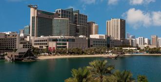 Beach Rotana - Abu Dhabi - Building