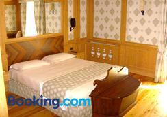 Cristal Palace Hotel - Madonna di Campiglio - Bedroom