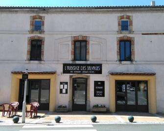 L'Auberge des Salvages - Burlats - Building