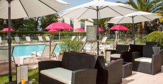Mercure Cannes Mandelieu - Cannes - Pool