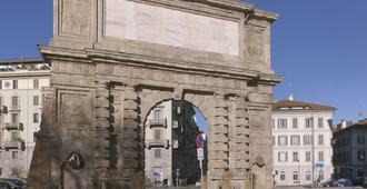 Hotel Arco Romana - מילאנו