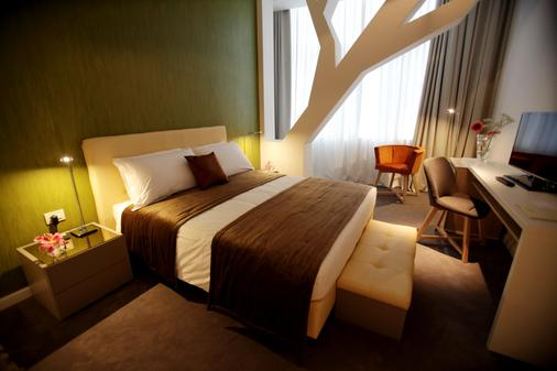 Best Western Premier Ark Hotel - Tirana - Bedroom