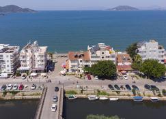 Delta Hotel - Fethiye - Außenansicht