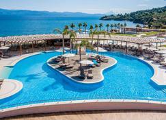 Miraggio Thermal Spa Resort - Palioúrion - Pool