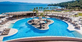 Miraggio Thermal Spa Resort - Palioúrion - Piscina
