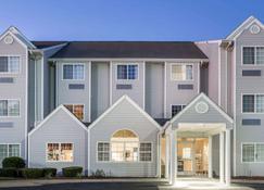 Microtel Inn & Suites by Wyndham Marianna - Marianna - Rakennus
