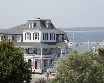 The Inn at Old Harbor - Block Island - Building