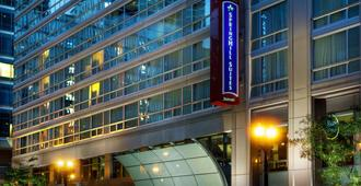 SpringHill Suites by Marriott Chicago Downtown/River North - Chicago - Edificio