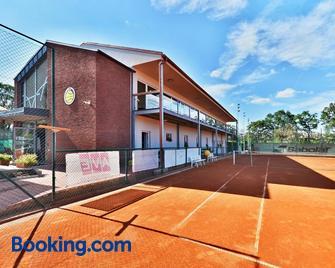 Penzion Tenis Htk - Trebitsch-Stadt - Gebäude