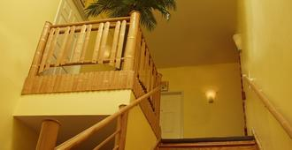 Hotel Tropica - San Francisco - Stairs
