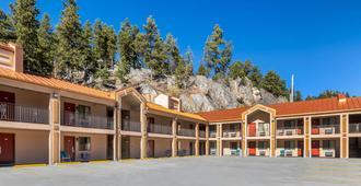 Quality Inn Keystone near Mount Rushmore - Keystone - Bygning