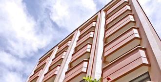 ホテル ベスト - アンカラ - 建物