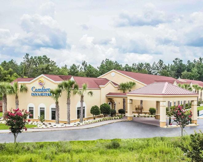 Comfort Inn and Suites Walterboro I-95 - Walterboro - Building