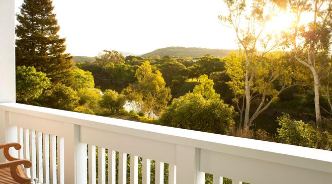 River Terrace Inn - A Noble House Hotel - Napa - Balcony