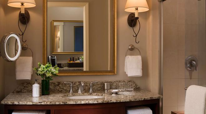 River Terrace Inn - A Noble House Hotel - Napa - Bathroom