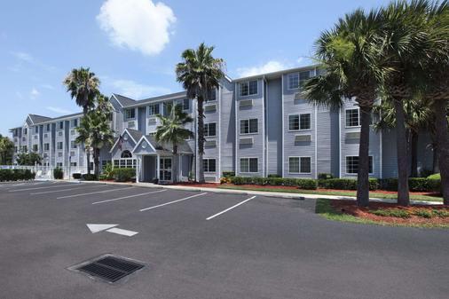 Microtel Inn & Suites by Wyndham Palm Coast - Palm Coast - Building