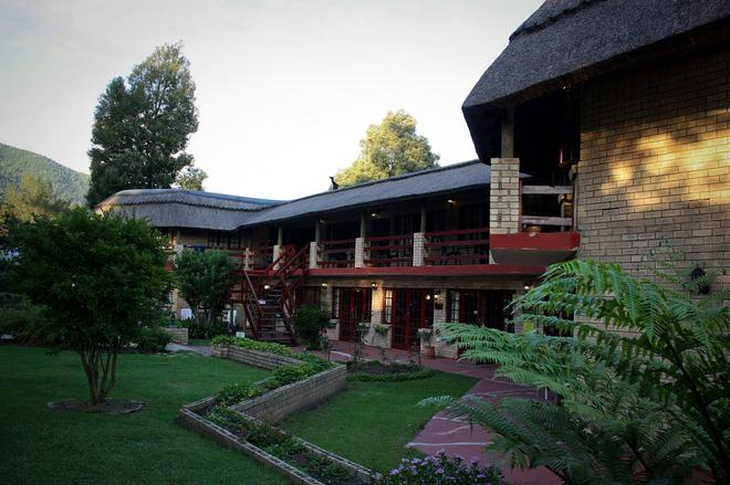 Storms River Guest Lodge - Stormsrivier - Κτίριο