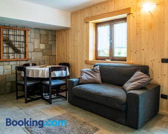 Baita Carnale, Montagna in Valtellina - Sondrio - Living room