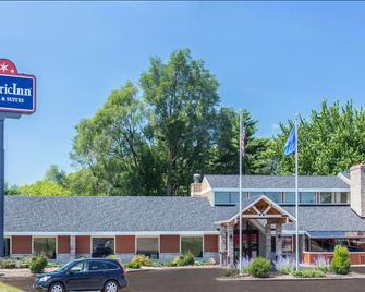 AmericInn by Wyndham Chippewa Falls - Chippewa Falls - Edificio
