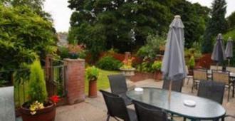 Westbourne Lodge - Birmingham - Patio