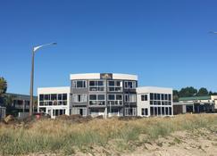 Waterfront Apartments Whitianga - Whitianga - Rakennus
