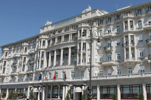 Starhotels Savoia Excelsior Palace - Trieste - Building