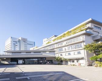 Hotel Ravie Kawaryo - Itō - Building