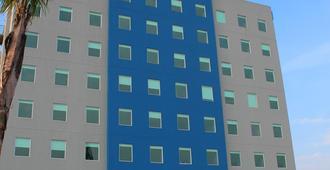 One Guadalajara Tapatio - Guadalajara - Building