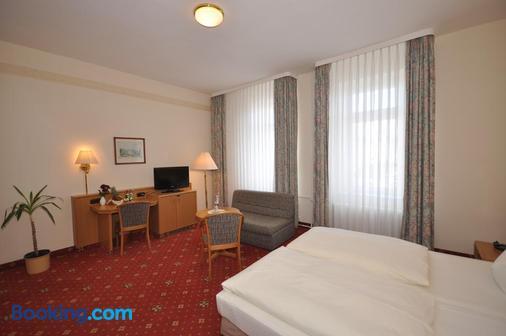 Hotel Binzer Hof - Binz - Phòng ngủ