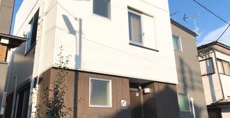 Shin-Koenji Guesthouse - Caters to Women - 東京 - 建築