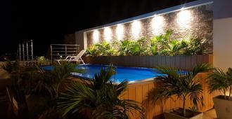 聖米格爾帝國酒店 - 聖瑪爾塔 - 聖瑪爾塔 - 游泳池