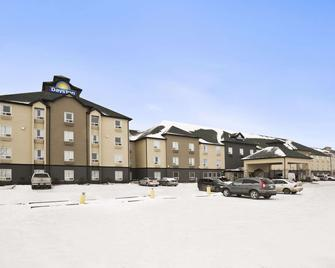 Days Inn by Wyndham Regina - Regina - Edificio