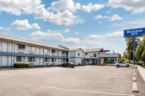 Rodeway Inn - Coeur d'Alene - Κτίριο