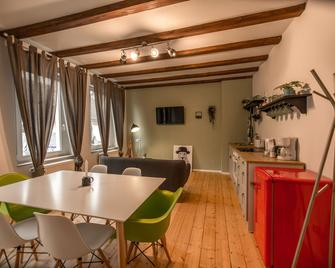 Rooms4ring@ Nürburgring Designer Villa - Adenau - Essbereich