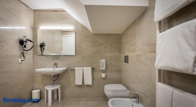 Residenza Alessandra - Florence - Bathroom