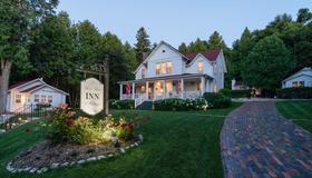 Thorp House Inn & Cottages - Fish Creek - Edificio