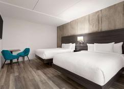 Days Inn by Wyndham Saint John New Brunswick - Saint John - Bedroom