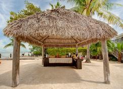 Coconut Palm Inn - Tavernier - Patio