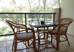 Novena Palms Motel - Northgate - Balcony