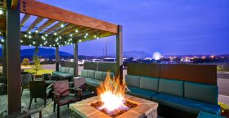 Home2 Suites by Hilton Pigeon Forge - Pigeon Forge - Building