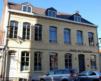 Au Tonnelier - Sint-Winoksbergen - Gebouw