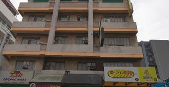 OYO 790 Mango Inn - Manila - Building